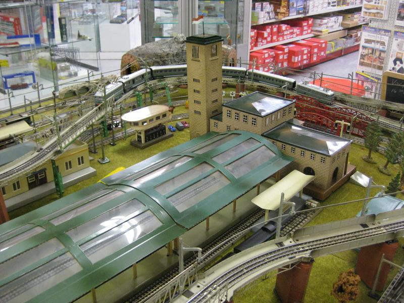 Märklin Großstadt-Bahnhof Stuttgart Turmteil 2039 B Spur 00