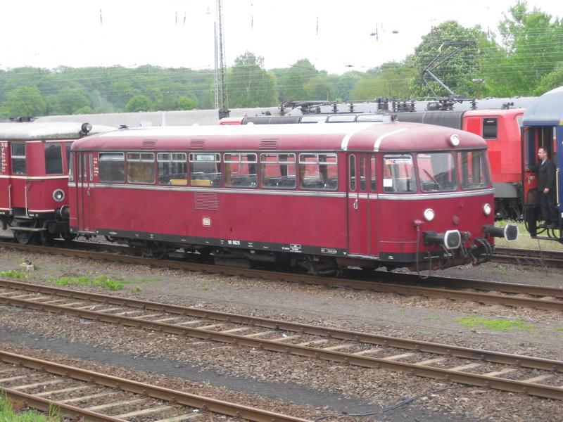 Retter der Nebenbahn, Schienenbus VT 98