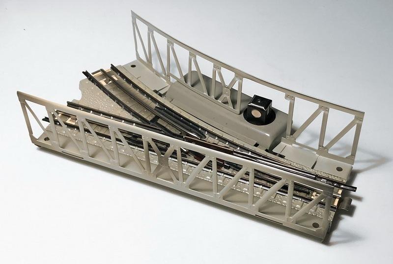 Märklin Brückenweiche