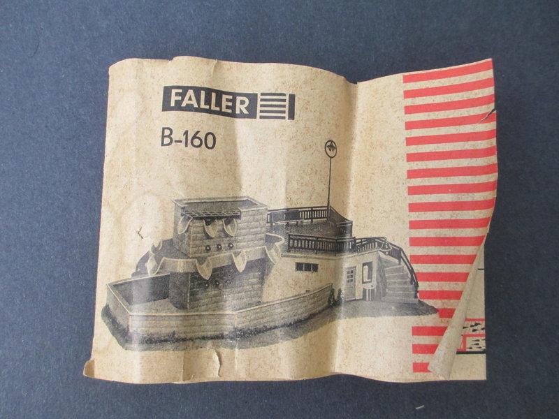 Faller Moderner Brunnen B-160/B-231