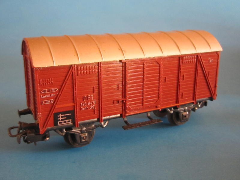 Märklin 4905 – Bausatz, gedeckter Güterwagen, 4505