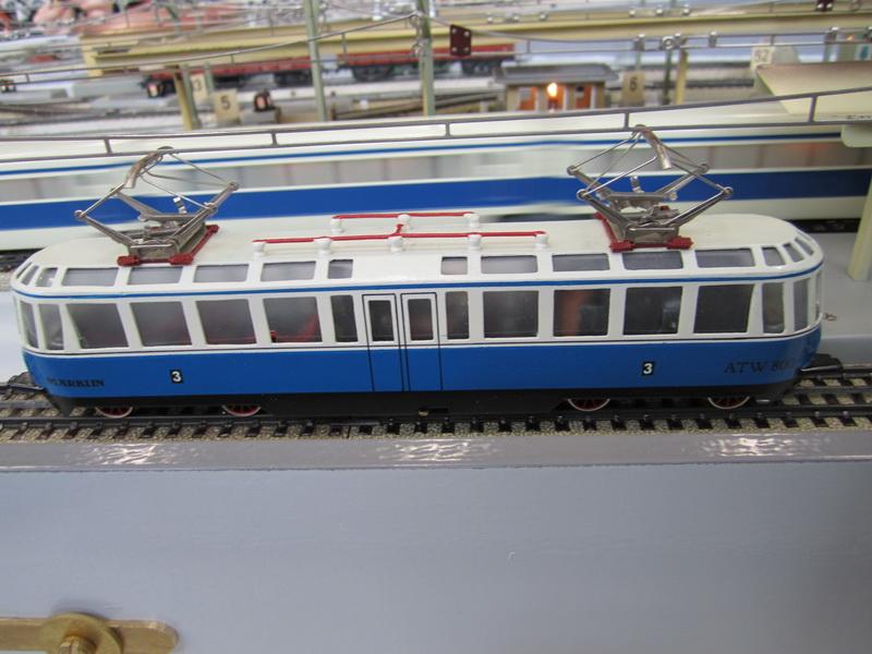 Gläserner Zug Spur 00