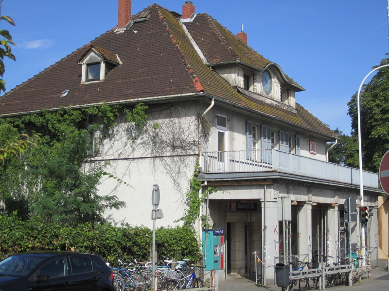 Bahnhof Darmstadt Süd