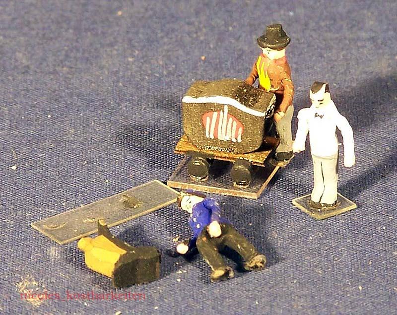 Preiser 432 Drehorgelmann, 408 Arbeiter mit Sackkarre
