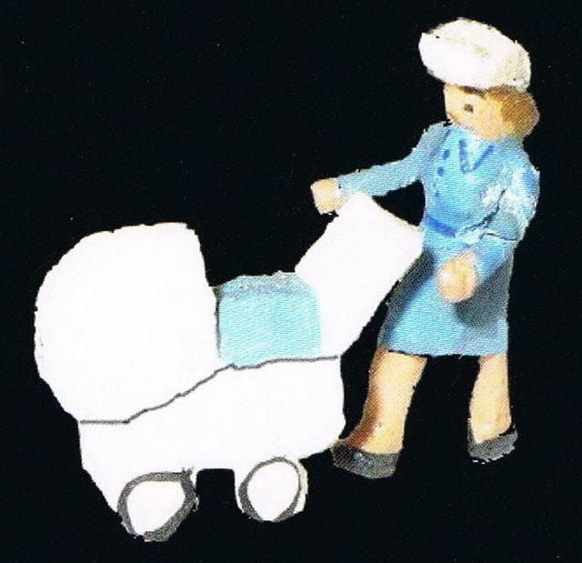 Preiser Frau mit Kinderwagen 401