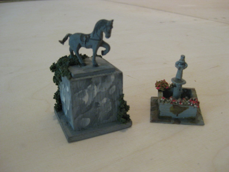 Preiser 520 Marktbrunnen u. Preiser 549 Reiterdenkmal