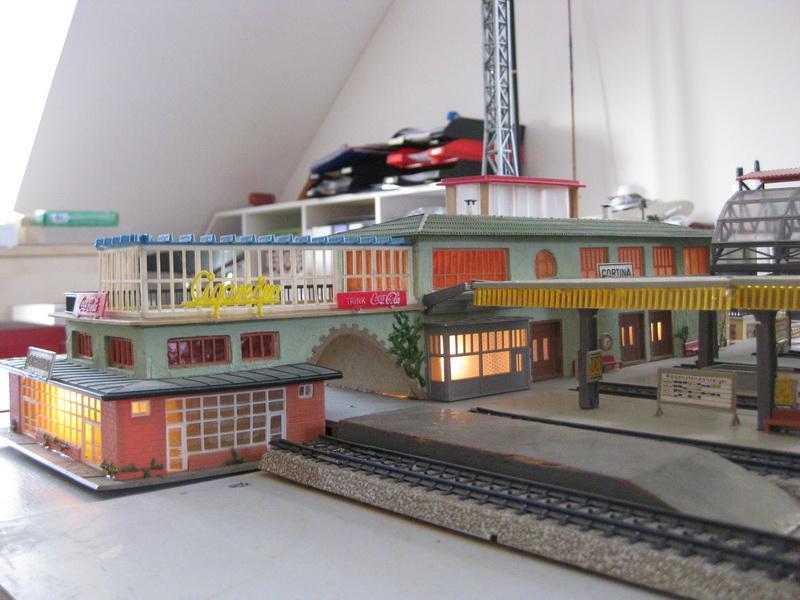 Restauration Faller Bahnhof Cortina