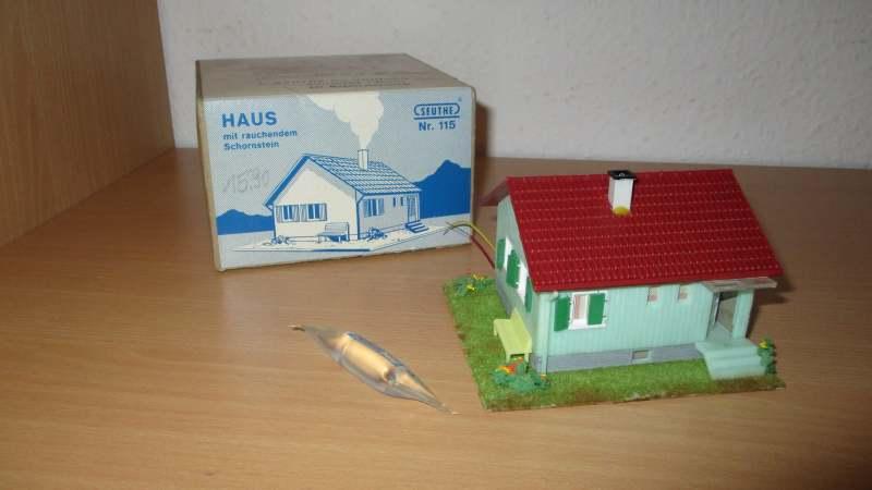 Haus mit rauchendem Schornstein, Fa. Seuthe Nr. 115