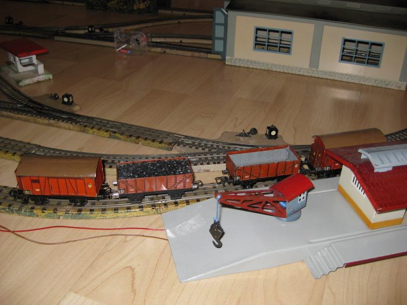 Märklin Güterwagen 381 BH