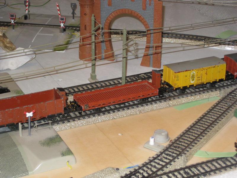 Märklinumbauten-Trix Express Güterwagen Guß