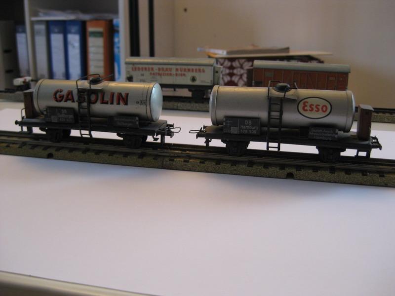 Trix Express Modellgüterwagen 20/78 G und 20/78 ES