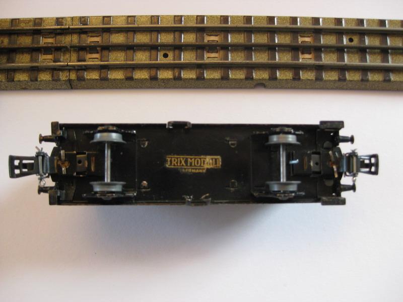 Trix Blech Modellgüterwagen