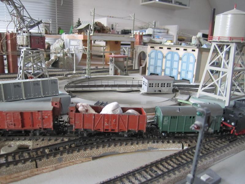 märklinisierte Trix Express Super Modell Güterwagen