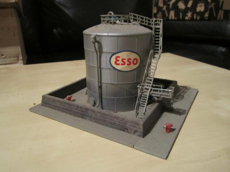Kibri 9044 Großer Hochtank Bausatz