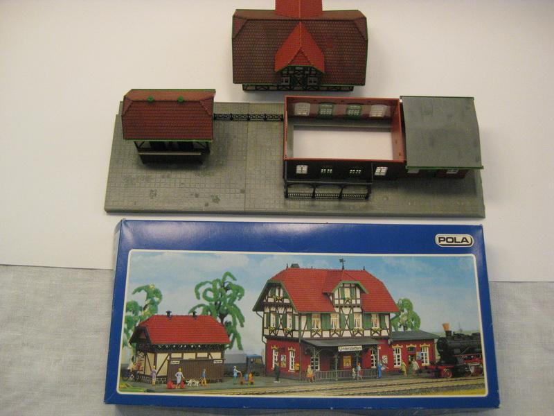 Pola Bausatz H0 652 - H0 Bahnhof