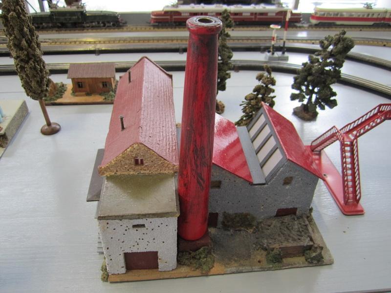 Faller Fertigmodell Fabrik 214