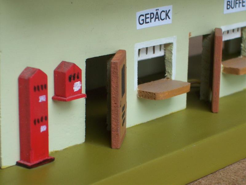 Nachbau Trix Bahnhof 20/303